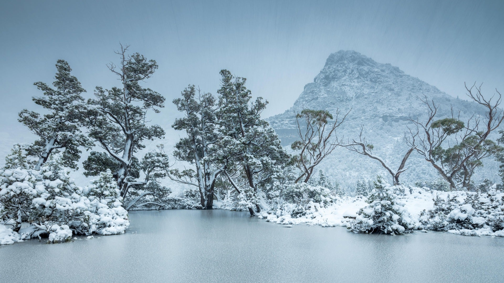 Artists Pool, Cradle Mountain. ©Cam Blake