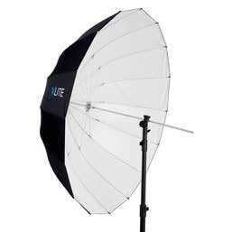 Xlite Deep Parabolic Black / White Umbrella 105cm
