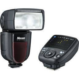 Nissin Di700A Flash Kit with Air 1 Commander for Fujifilm Cameras