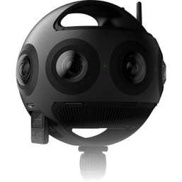 Insta 360 Titan