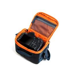 Crumpler The Flying Duck Camera Cube Small Dark Navy