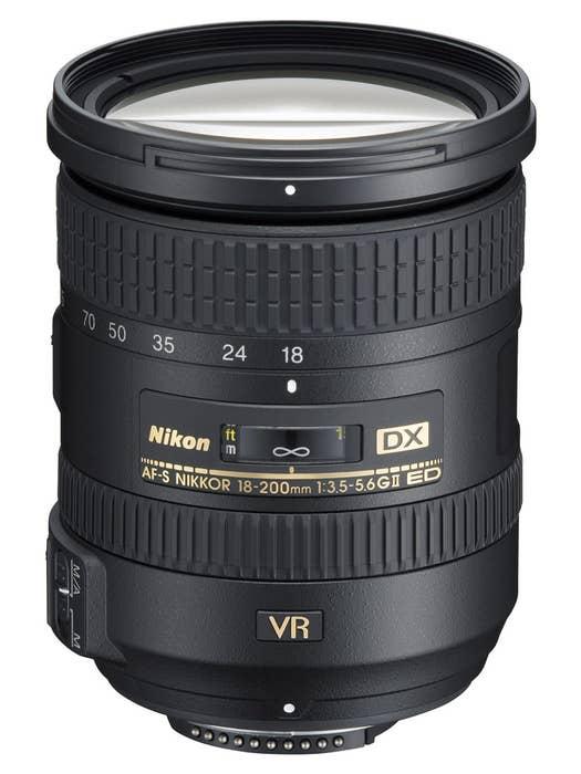 Nikon AF-S 18-200mm F3.5-5.6G VR II DX ED Lens