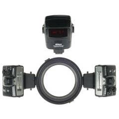 Nikon R1C1 Close Up Speedlight Commander Kit