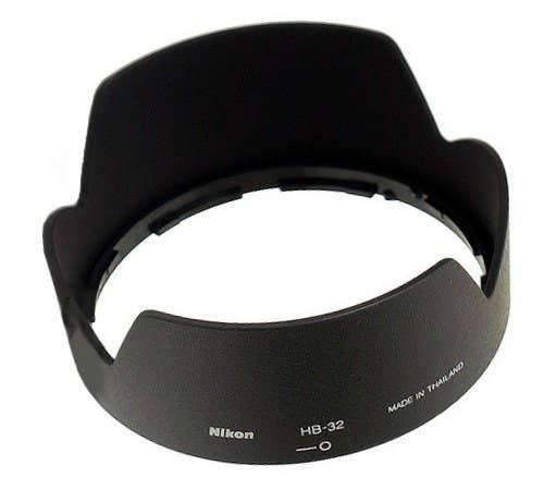 Nikon 67mm Bayonet Lens Hood HB-32 for Nikon AF-S 18-105 VR and AF-S 18-70