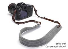 ONA  PRESIDIO Camera Strap - Smoke (waxed canvas)   ONA023GR