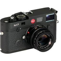 Leica M7 Beginner Set w/ Summicron-M 50mm Lens