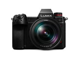 Panasonic LUMIX S1H Kit with 24-105mm F4 MACRO O.I.S Lens
