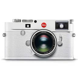 "LEICA M10-P ""White Edition"" w. Summilux-M 50 f/1.4 ASPH Limited Edition"