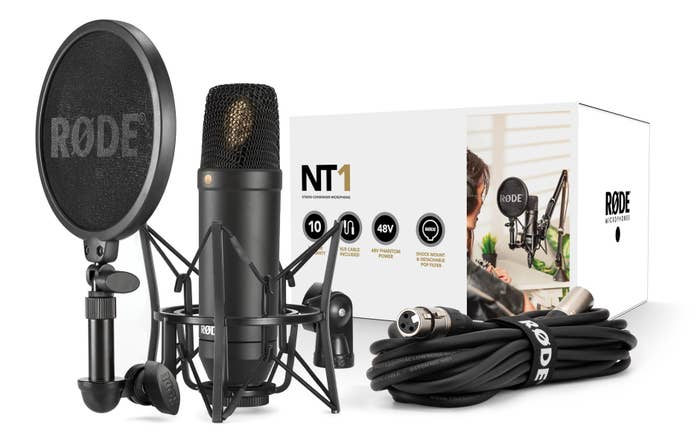 Rode NT1 Cardioid Condenser Microphone (Kit with SM6 Shockmount)