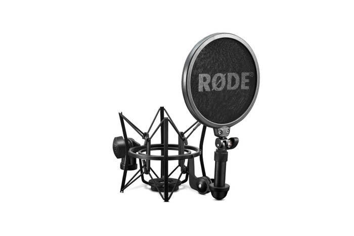 Rode SM6 Shock Mount with Detachable Pop Filter  (1-RODSM6)