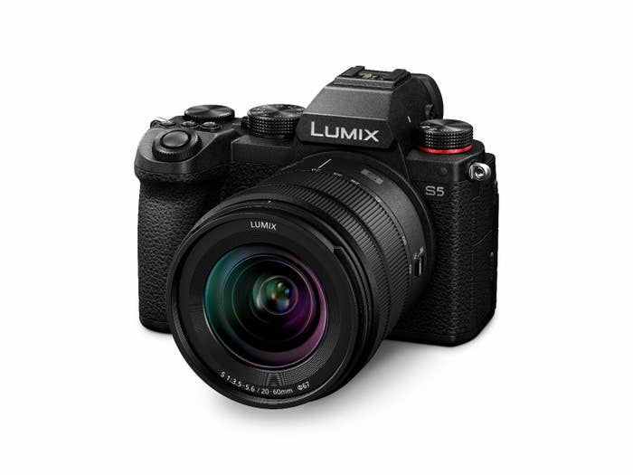 Panasonic LUMIX S5 with 20-60mm Lens Kit