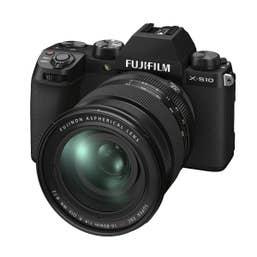 Fujifilm X-S10 and XF16-80mm (Hard Bundle Kit)